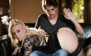 Pornos in deutsch   - Versautes Escortgirl wird im Auto extrem hart durchgebumst